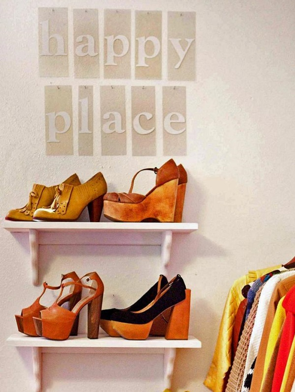 24 ideas para guardar los zapatos for Zapateros tela para colgar