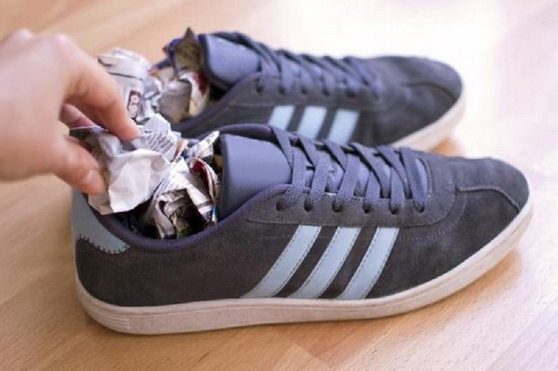 C mo eliminar el olor desagradable de los zapatos - Como eliminar el olor a tabaco de las paredes ...